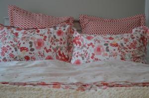 Manderley bed